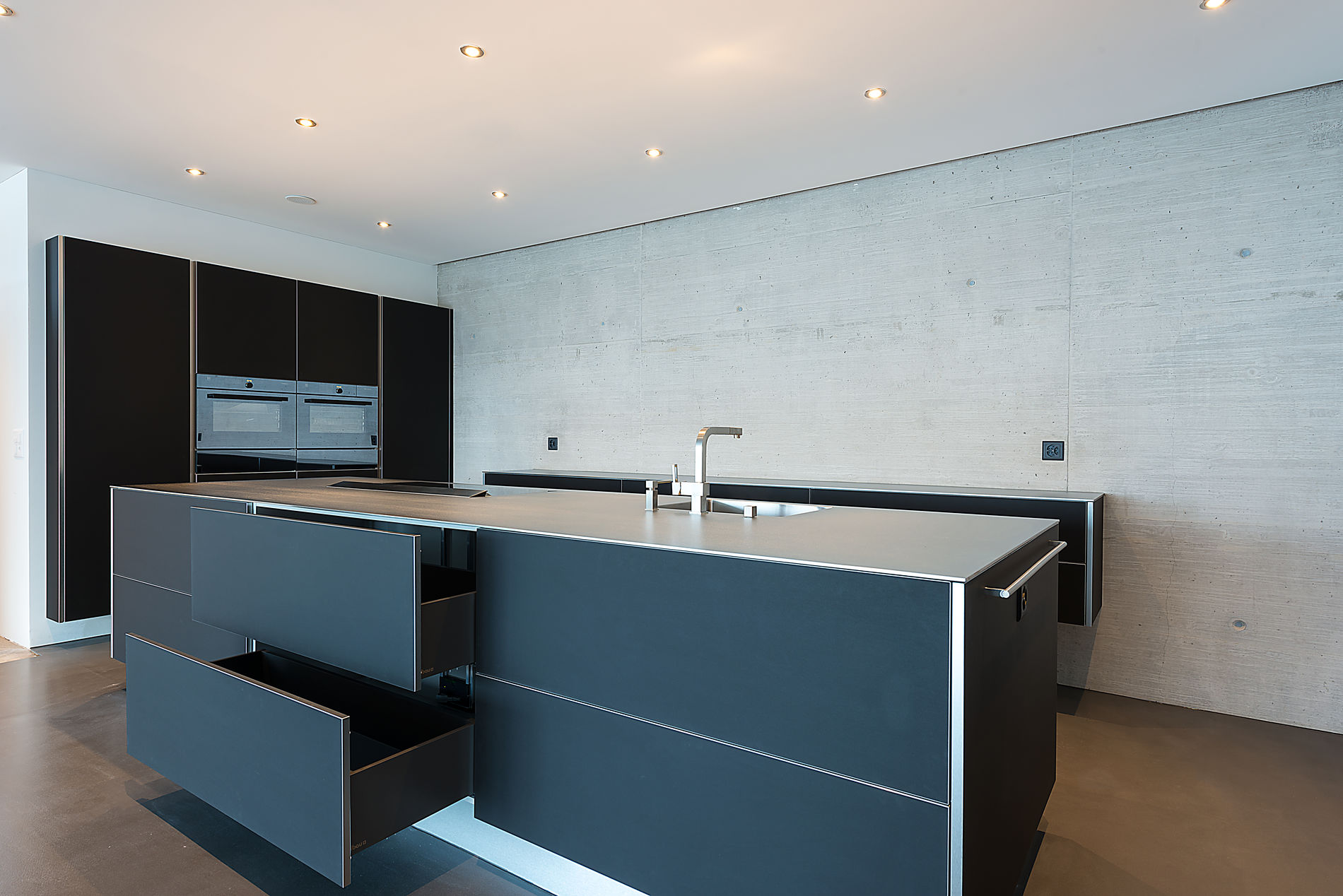 holz bau montagen gmbh 5325 leibstadt. Black Bedroom Furniture Sets. Home Design Ideas